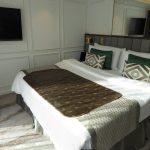 Deluxe suite king bed